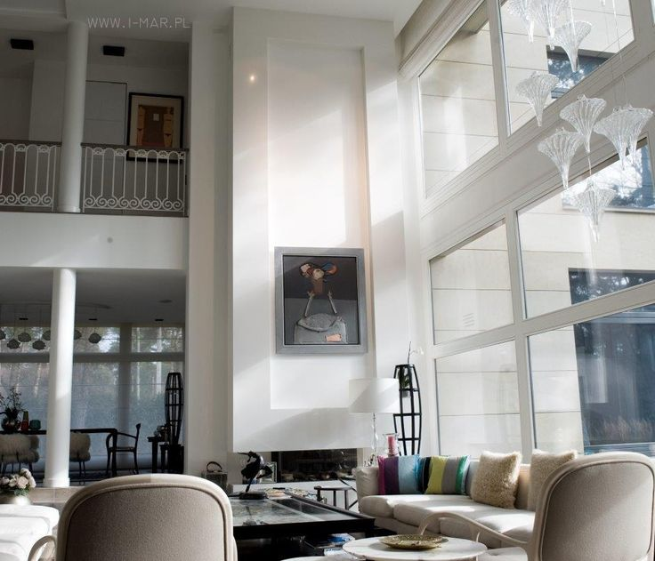 Beautiful white fireplace made of @technistone quartz conglomerate Crystal Absolute White. /// Piękny biały kominek z konglomeratu kwarcowego Technistone Crystal Absolute White.