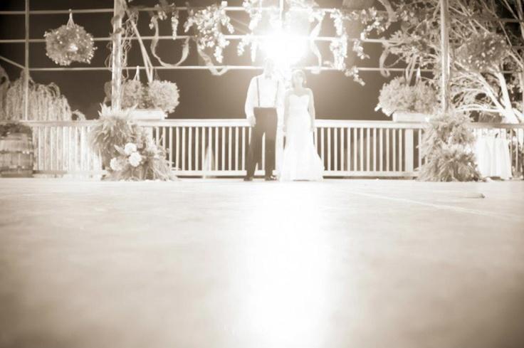 Vinoklet Winery Wedding; over exposed wedding photos