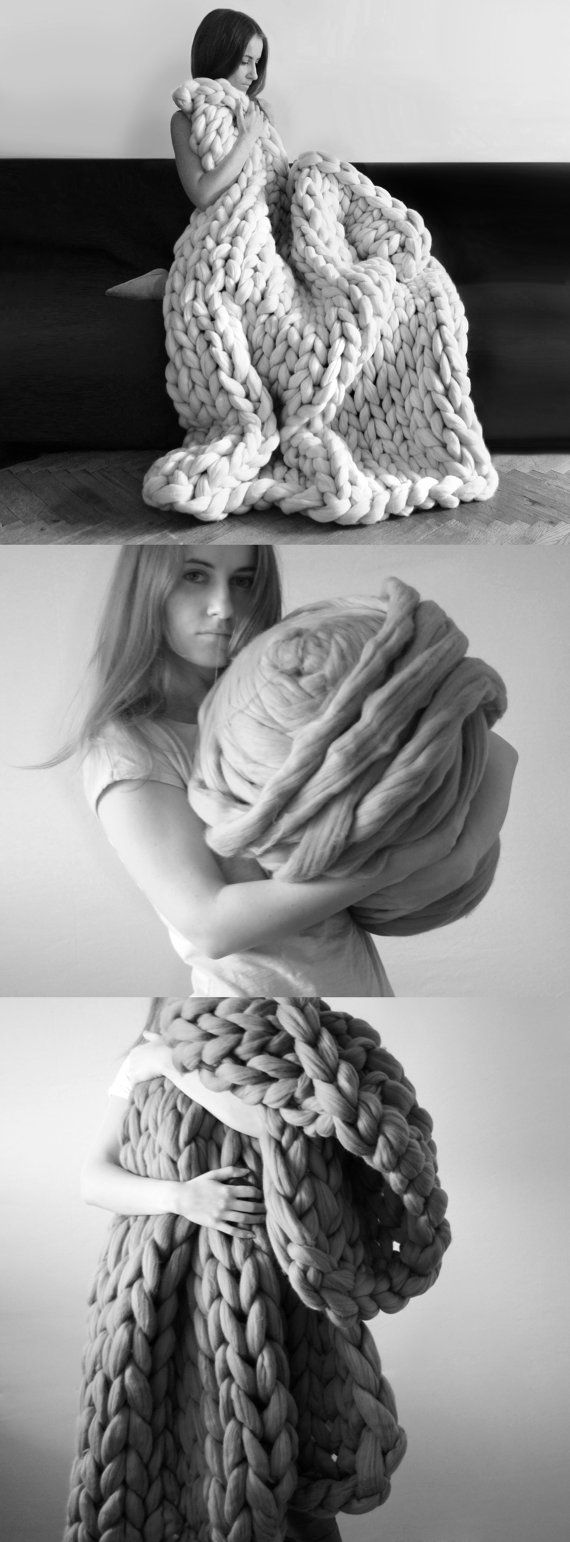 Thick knitted yarn- Wool. BLANKET.