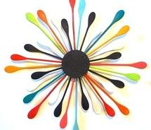 Cute idea for kitchen art work. Painted wooden spoons! Spoons are a dime a dozen at the Thrift store!