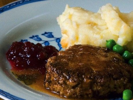 Wallenbergare (the traditional Swedish version of a Salisbury Steak)
