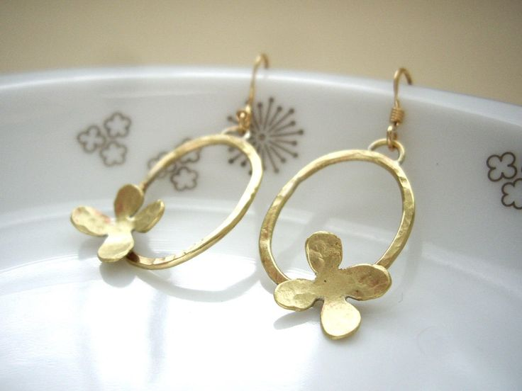 Gold link earrings, Flower dangle earrings, Oval link earrings, Modern earrings, Clip on, Gold filled ear post, Romantic minimal jewelry by yokojewelry on Etsy