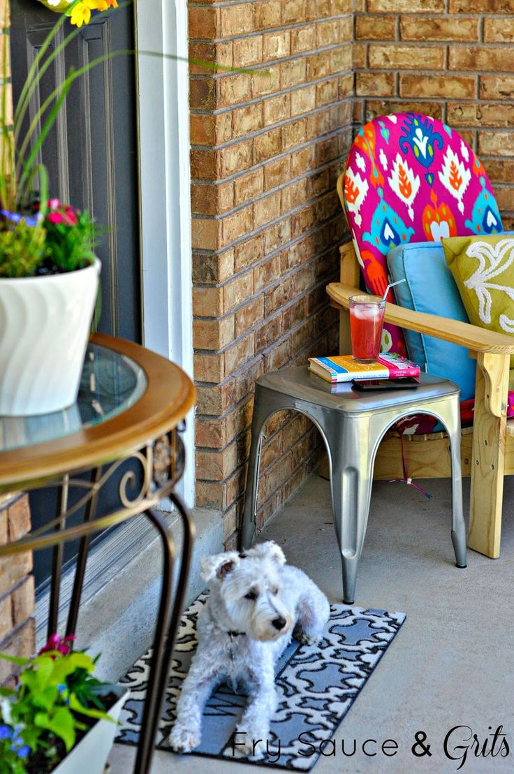Summer Front Porch Makeover from FrySauceandGrits.com