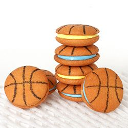 Quick & Easy Basketball Cookies @ Audra omlie I can see these at a Russell bday party :)