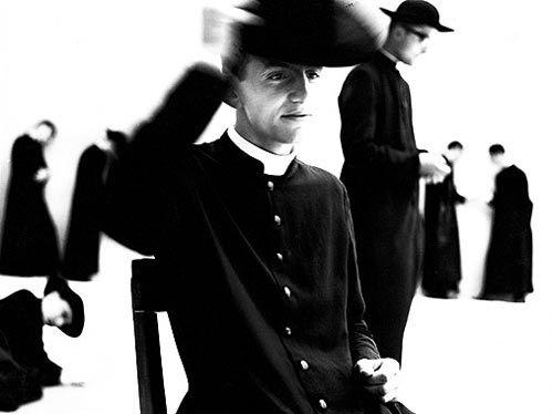 Mario Giacomelli (1925-2000), Io non ho mani che mi accarezzino il volto - 8
