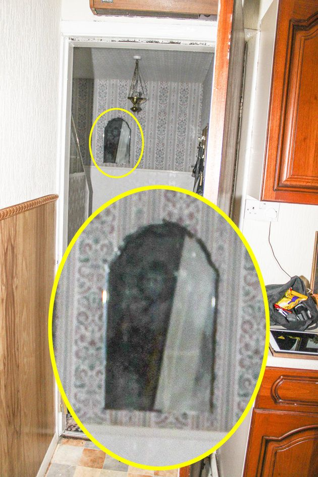 'Ghost Of Black Monk Of Pontefract' Pictured In Mirror At Home Of Britain's Most Violent Poltergeist Haunting | Huffington Post