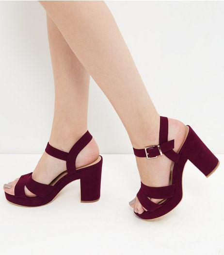 Chaussures à talons rouge foncé en suédine à bride de cheville   New Look