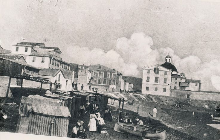 Riproduzione di una cartolina della fine del 1800-inizi 1900: uno stabilimento balneare sulla spiaggia di Chiavari, zona Gianelline. #Chiavari #Riviera #Liguria