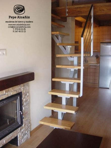 Las 25 mejores ideas sobre barandales de herreria modernos - Escaleras espacios pequenos ...
