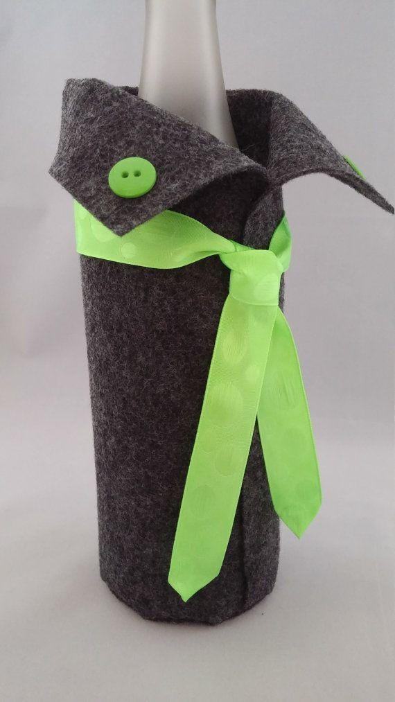 Botella de vino acogedora cal gris carbón por Wardrobesforwine
