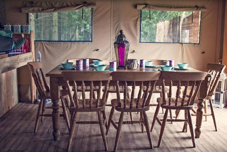 Discount 2nt Safari Tent Stay for up to 8 @ Camp Katur, North Yorkshire for just £129.00 Ditch the city for a few days with a two-night safari tent stay for up to eight.   Comes with a plush double bed, two bunk beds and a lavish leather sofa.  As well as a fully equipped kitchen area, hot running water and tables and chairs.  Relax in the evenings with an outside terrace featuring a roll up...