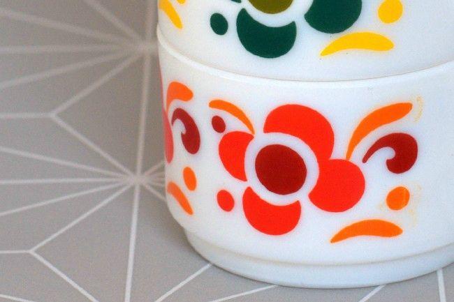 Tasses Arcopal à Fleurs 70's