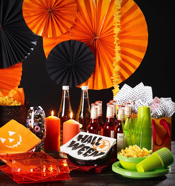 halloween with gooodfoodmood Decorate for halloween with napkins to get that festive mood going