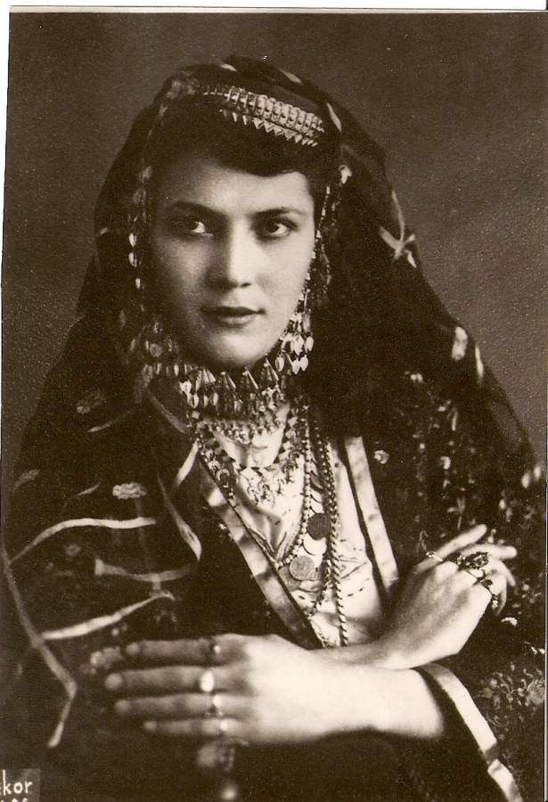 Kazan Tartar woman in Azeri Turkish Wedding Dress.