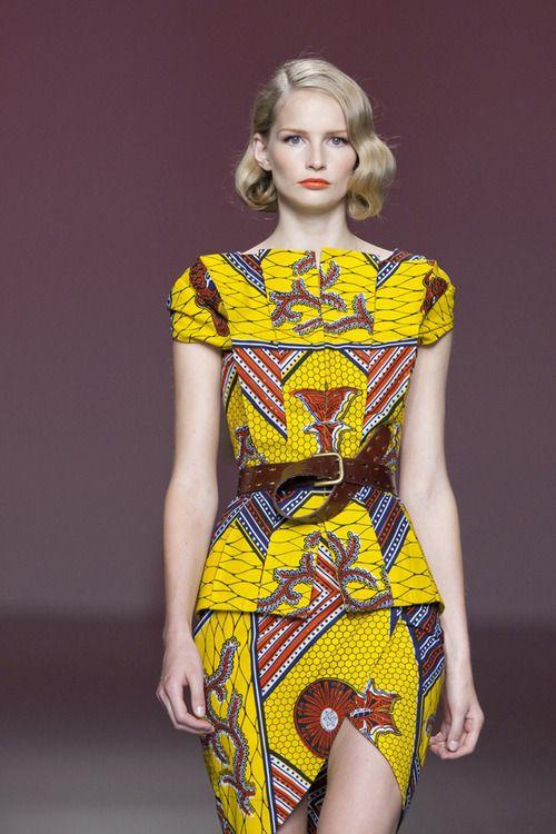 Native African yellow print cotton 2 pc cap-sleeve belted blouse & tulip-cut mini skirt. Beautiful!