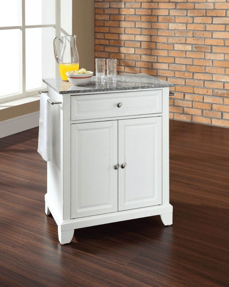 small portable kitchen island 17 best ideas about portable kitchen island on 5540