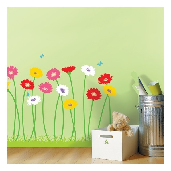 Muursticker van kleurrijke gerbera bloemen. Ideal geschikt om een kamer mee op te fleuren.