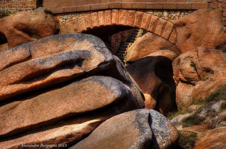 Ploumanac'h - Côte de Granit Rose - Bretagne - France / by Alessandro Borgogno