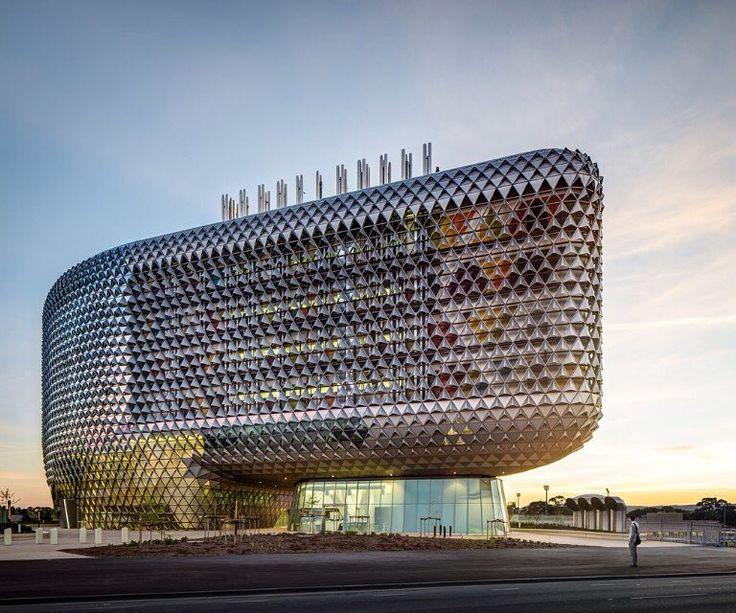 The SAHMRI building - larson ® - Adelaide (AUSTRALIA)