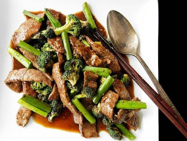 Chinese-American Beef and Broccoli With Oyster Sauce Recipe Main Dishes with flank steak, soy sauce, Shaoxing wine, corn starch, chicken stock, oyster sauce, sugar, oil, garlic, fresh ginger, scallions, vegetables, broccoli florets