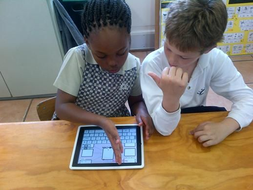 """Sunningdale Grade 2 pupils booked out iPads from the Senior Primary campus. As part of their Creative Writing lesson, they used """"Popplet"""" to create thinking maps."""