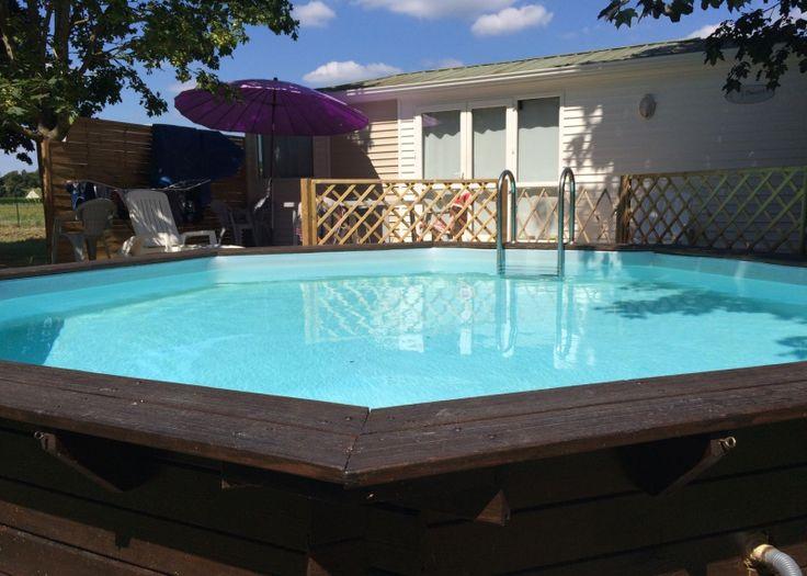 VILLA COTTAGE situé à Bréhémont en Indre et Loire, vous propose des locations de vacances avec piscines privées et grands espaces ombragés.