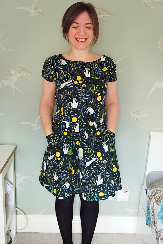 Yeah. This dress is a bit off-piste from my recent makes, and not exactly adhering to my 'sewing an everyday wardrobe' guideline. But I think my face says it all. KITTEH DRESS! This fabric, man. As s