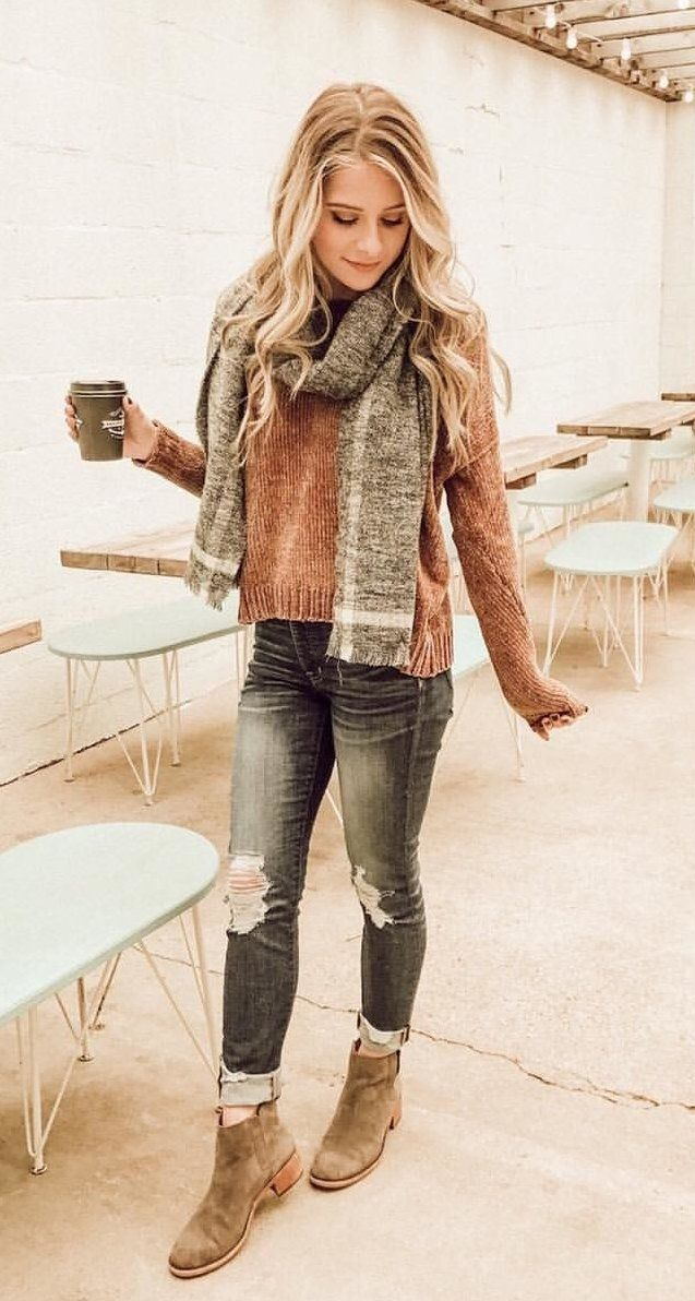 Top 15 Pink Cardigan Outfit Ideas: How to Dress in Ladylike