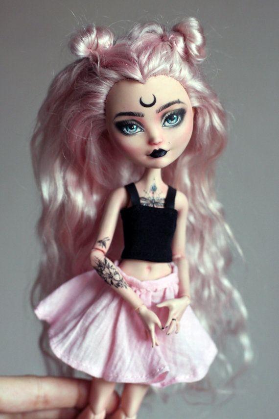 OOAK Monster High & Ever After High repeindre par LucianaDolls