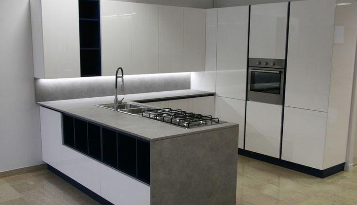 Vendita cucine moderne a buon prezzo – Vicenza – Cornedo Vicentino – Arredameco