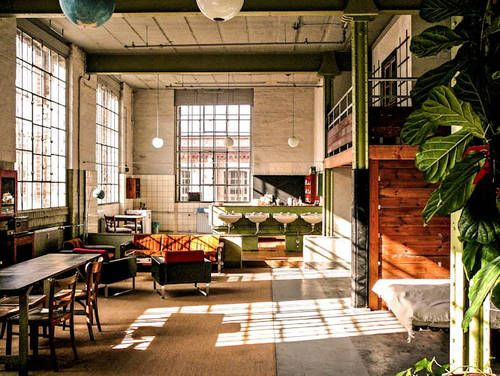 best 25 fashion shop interior ideas on pinterest fashion store design boutique shop interior. Black Bedroom Furniture Sets. Home Design Ideas