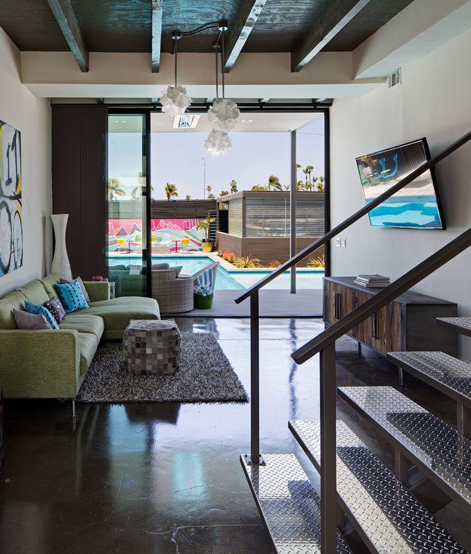 Dwell - A Dull Stucco Home Becomes a Modern California Oasis