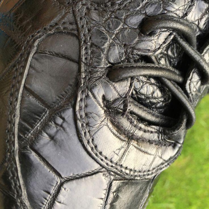 #кеды #кедыизпитона #кедыизкрокодила #кожапитона #кожакрокодила #крокодил #купитькеды #модныекеды #стильныекеды #любыеразмеры #обувьлюбыеразмеры #обувьназаказ #мужскаяобувь #чтоподарить #converse #python #pythonconverse #man #shoes #anysize #madewithlove #fashion #pythonleather #manshoes #snickers #crocodileleather #crocodile