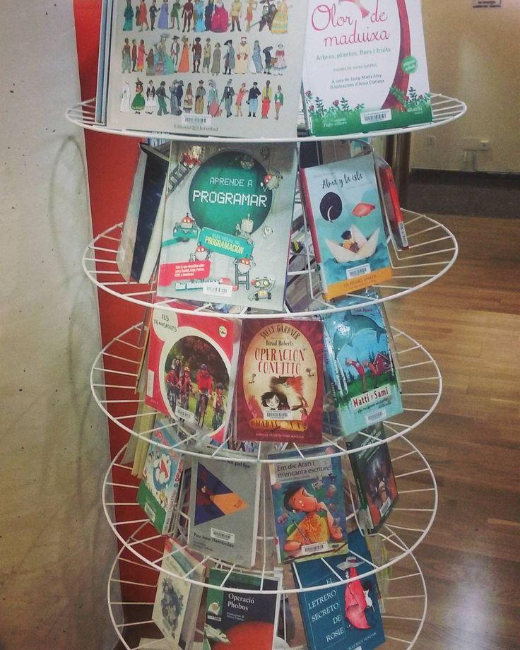 """#petitsllibres""""Ja tenim preparades un munt de novetats infantils pel proper mes!"""" #lectura #libro #biblio #infantil"""