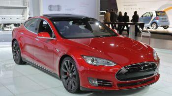 Tesla update 8.0 makes big changes to Autopilot, nav system - Autoblog
