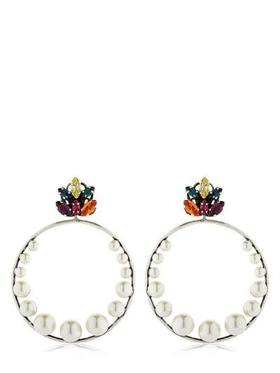 Crystal Leaf Hoop Earrings Anton Heunis  Source: http://www.closetonthego.com/e-shop-product/211337/crystal-leaf-hoop-earrings/ © Closet On The Go