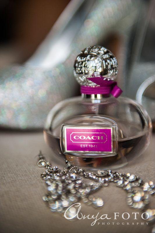 anyafoto.com, wedding jewelry, bridal jewelry, earrings, silver, crystal, drop earring, teardrop earring, chandelier earring, perfume, coach, coach perfume, pink wedding