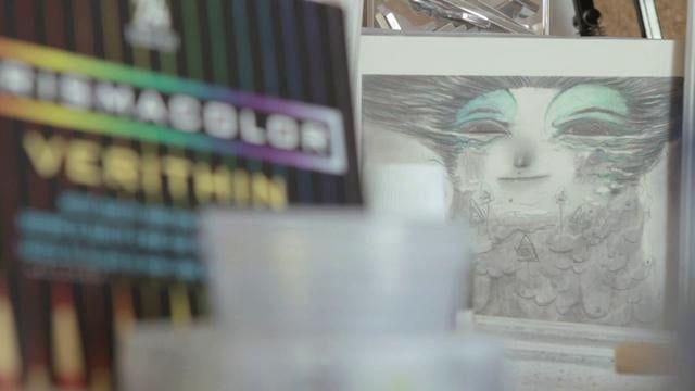 Une illustration de Lilian Coquillaud dans son Studio à Toulouse : BICOQUE. Plus d'informations sur www.oco-oco.blogspot.com et sur www.gaelastruc.blogspot.com  Music : nosaj thing - distro
