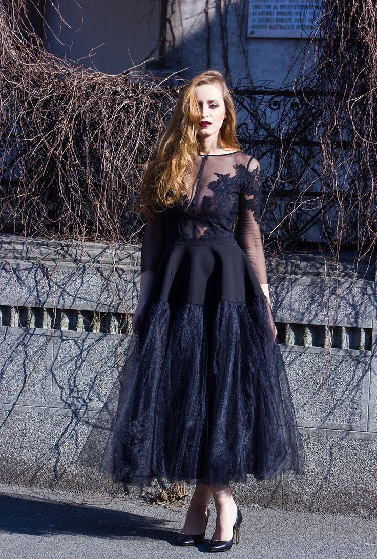 tulle black dress street style