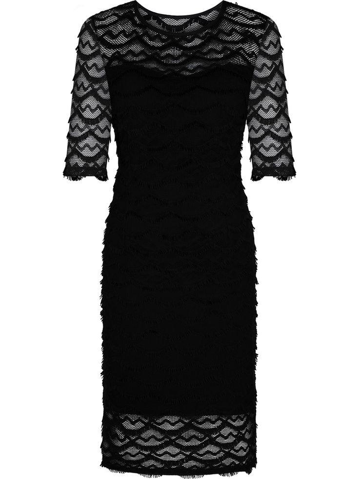 Czarna sukienka z koronki  http://fashion4u.pl/czarna-sukienka-z-koronki/  sukienkanawesele
