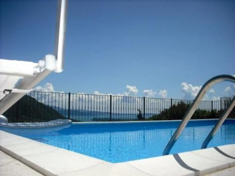 Beautifully appointed apartment sleeping 6 - 8 people with swimming pool, terrace, and #LakeGarda views. 30 second walk from excellent restaurant.