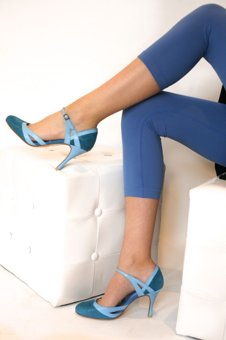 You have two feet but not complete? We have the shoes, you have to choose - by Mava Lou
