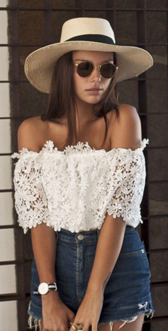 Outfits para combinar las blusas estilo 'Bardot'