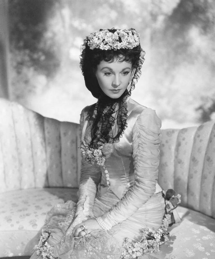Вивьен Ли в роли Анны Карениной, 1948 г. Художник по костюмам и фотограф: Сесил Битон.