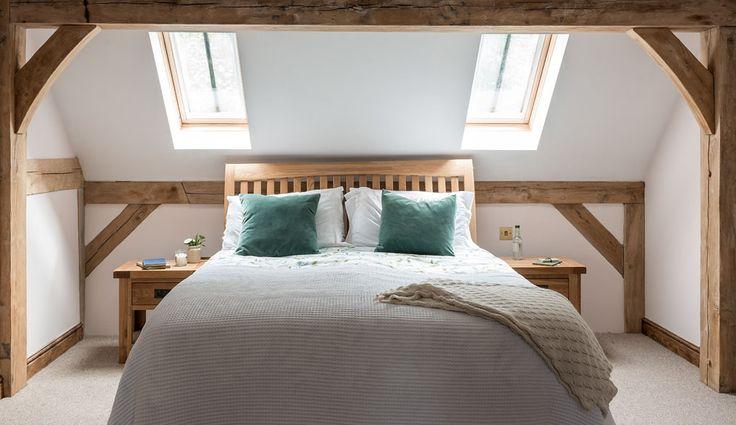 Border Oak bedroom