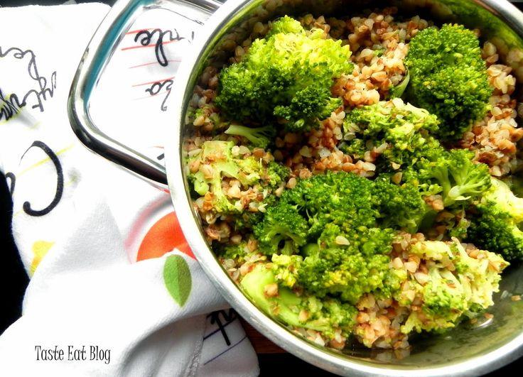 Taste Eat: Kasza gryczana z brokułem i mleczkiem kokosowym i ...
