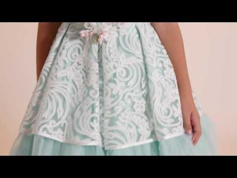 Dress with wide embroidery skirt - Lesy