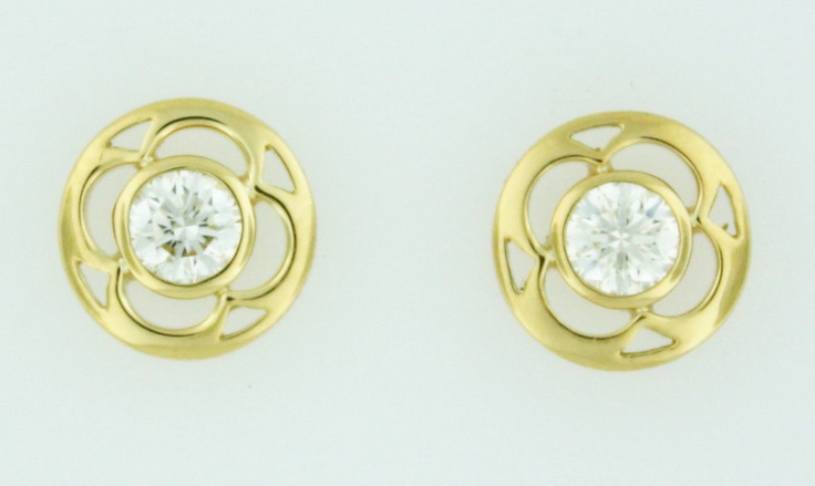 0.34ctw Hearts on Fire Diamond Copley 18K Yellow Gold Stud Earrings