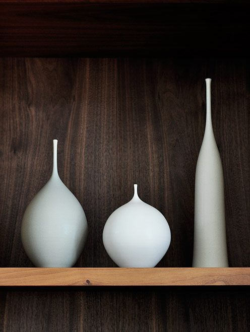 *styling, pottery, white and wood contrast*Vases Flower Pl, Ceramics Bottle, Ceramics Pottery, British, Clutter, California, Backgrounds, Inspiration Zone, White Vases