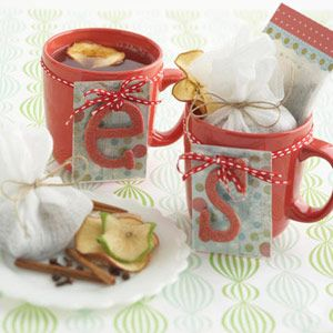 Last-Minute Gift Idea: Homemade Apple Pie-Spiced Hot Tea Mix
